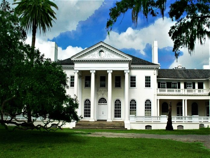 Amerika, Plum Orchard Mansion