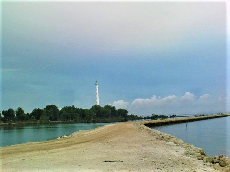 Madura, Pantai Sambilangan