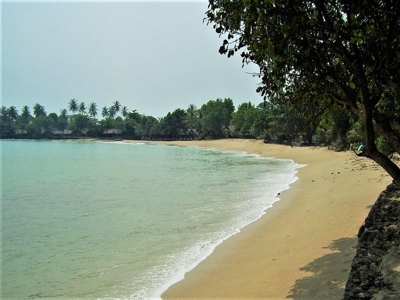 Banten, Pantai Carita