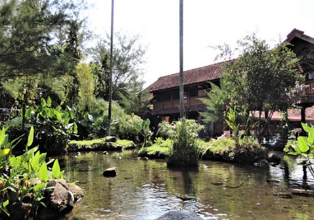 Taman Air Tlatar Boyolali
