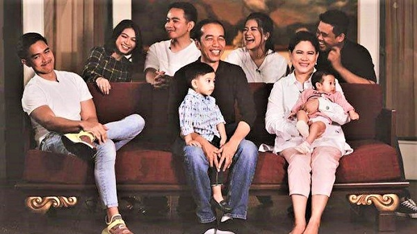 Jokowi with family