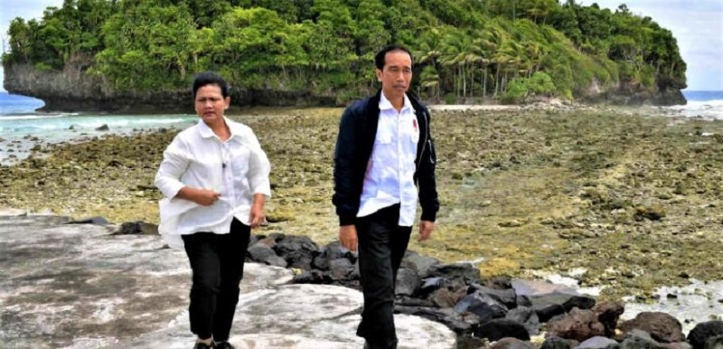 Pulau Miangas, Jokowi dan Iriana