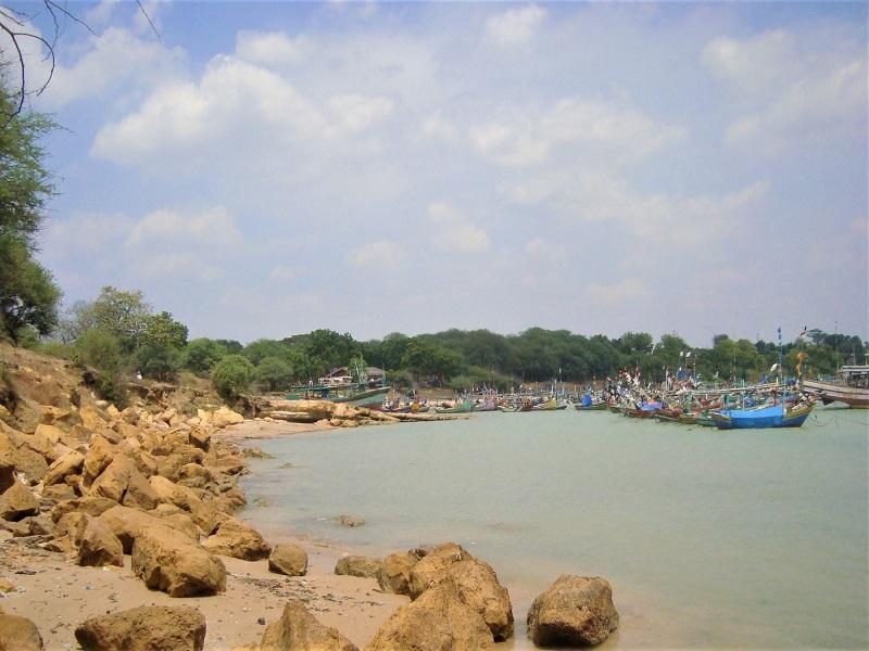 Tuban, Pantai Sowan