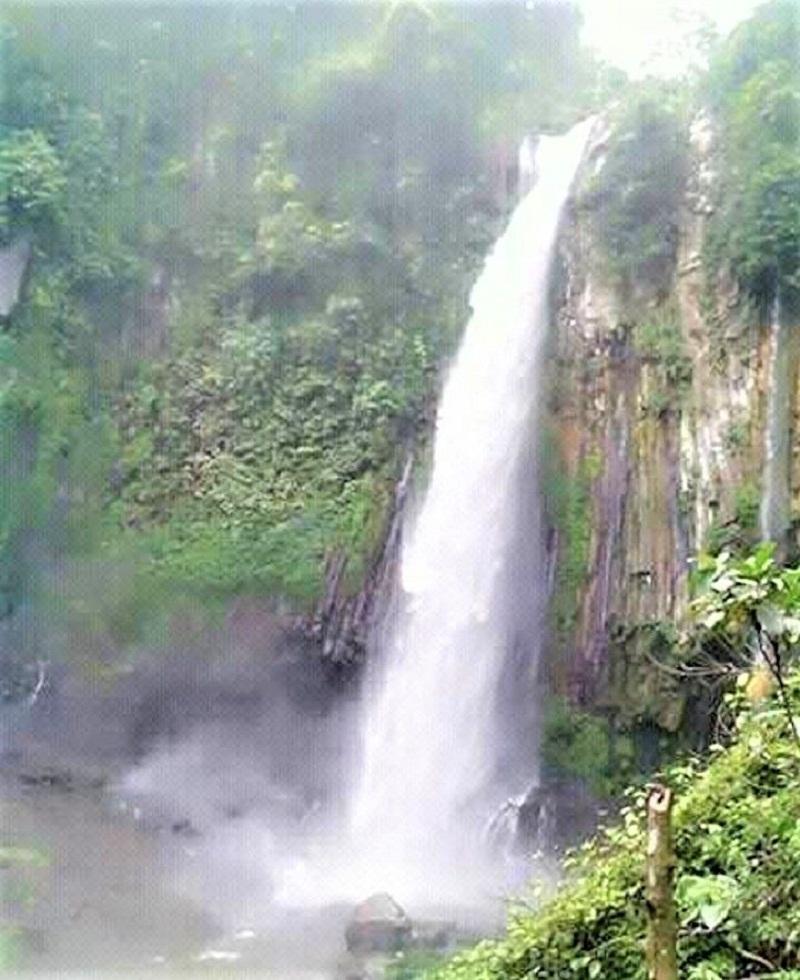 Bengkulu, Air Terjun Tri Muara Karang