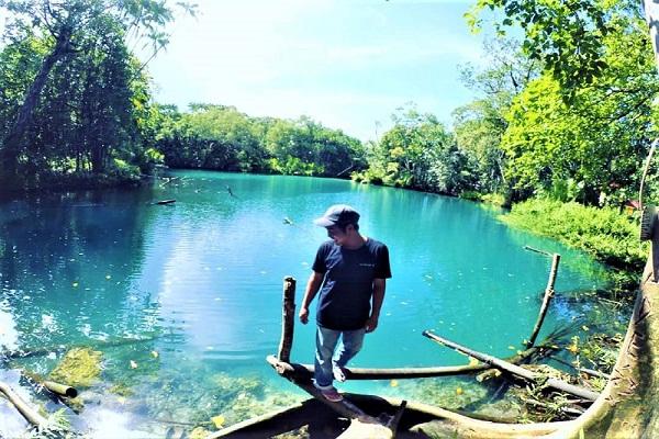 Pulau Enggano, Danau Bak Blau