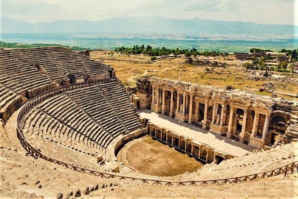 Turki, Pamukkale, Reruntuhan Hierapolis