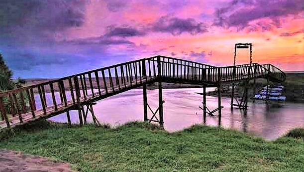 Pantai Bopong