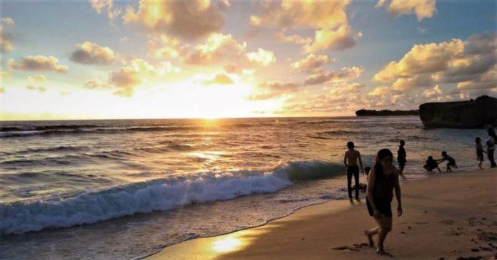 Pantai Pulang Sawal