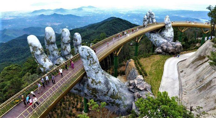 Golden Bridge di Vietnam