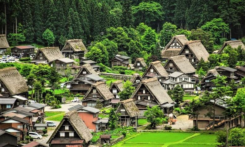 Wisata Shirakawa-Go Takayana