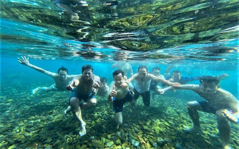 Sensasi Berenang Di Wisata Mata Air Cikoromoy Pandeglang Indonesia Traveler