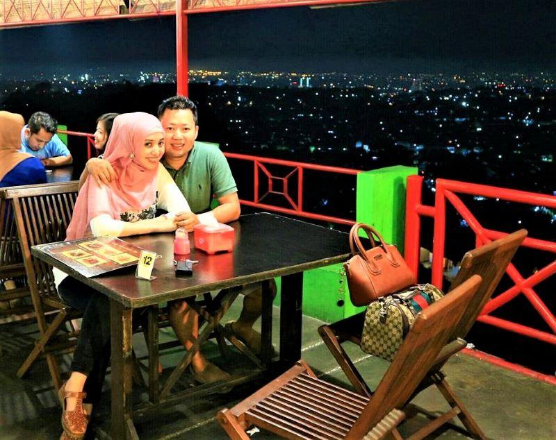 Restaurant dan kafe di Bukit Gombel