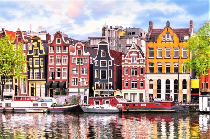 Spot Wisata Belanda