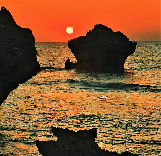 Pantai Tiang Bendera