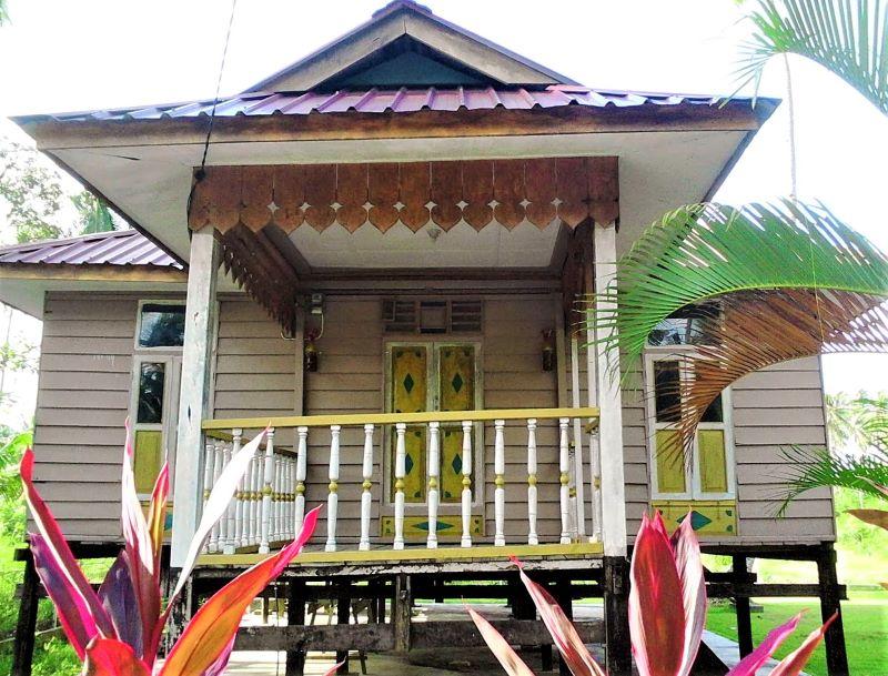 Rumah Melayu Atap Limas Potong