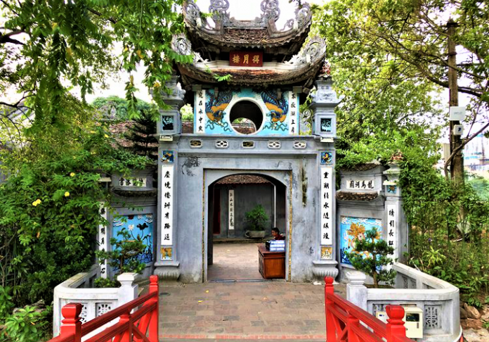 Pesona Danau Hoan Kiem, Vietnam