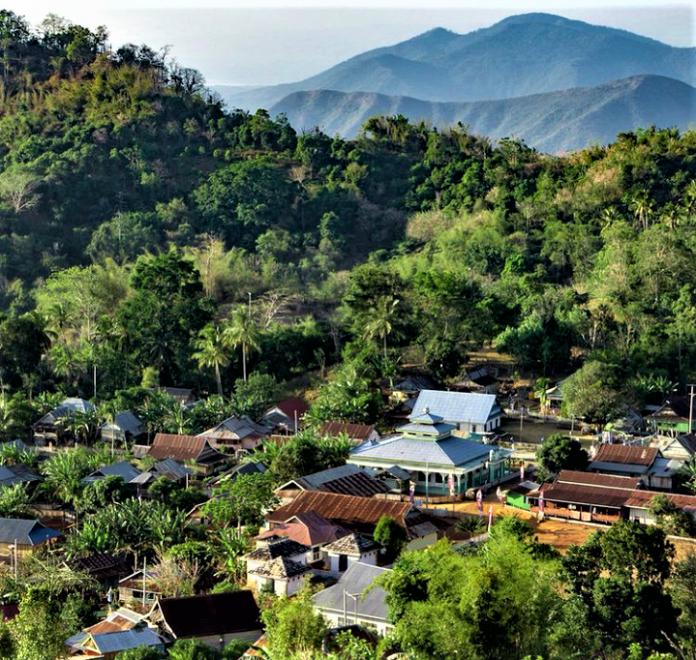 Berkunjung ke Desa Wisata Tangkeno, Negeri di Awan