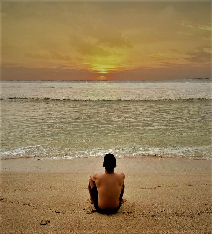 Pantai Cibuaya Ujung Genteng, Sensasi Sunsetnya Begitu Memikat