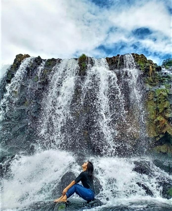 Sensasi yang Menakjubkan di Air Terjun Lengang