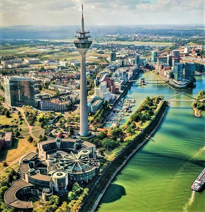 Mengunjungi Tempat-Tempat Wisata di Düsseldorf, Jerman