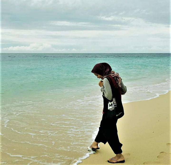 Menikmati Panorama Indah Pulau Hatta