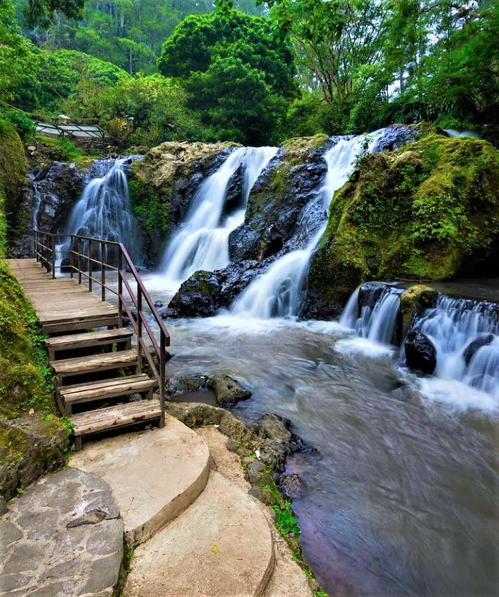 Maribaya Natural Hot Spring & Mitos dibalik Air Panas Maribaya yang Fenomenal